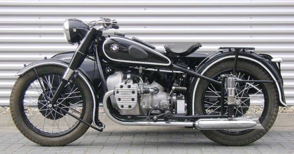 Мотоцикл BMW R 71 (BMW-750)
